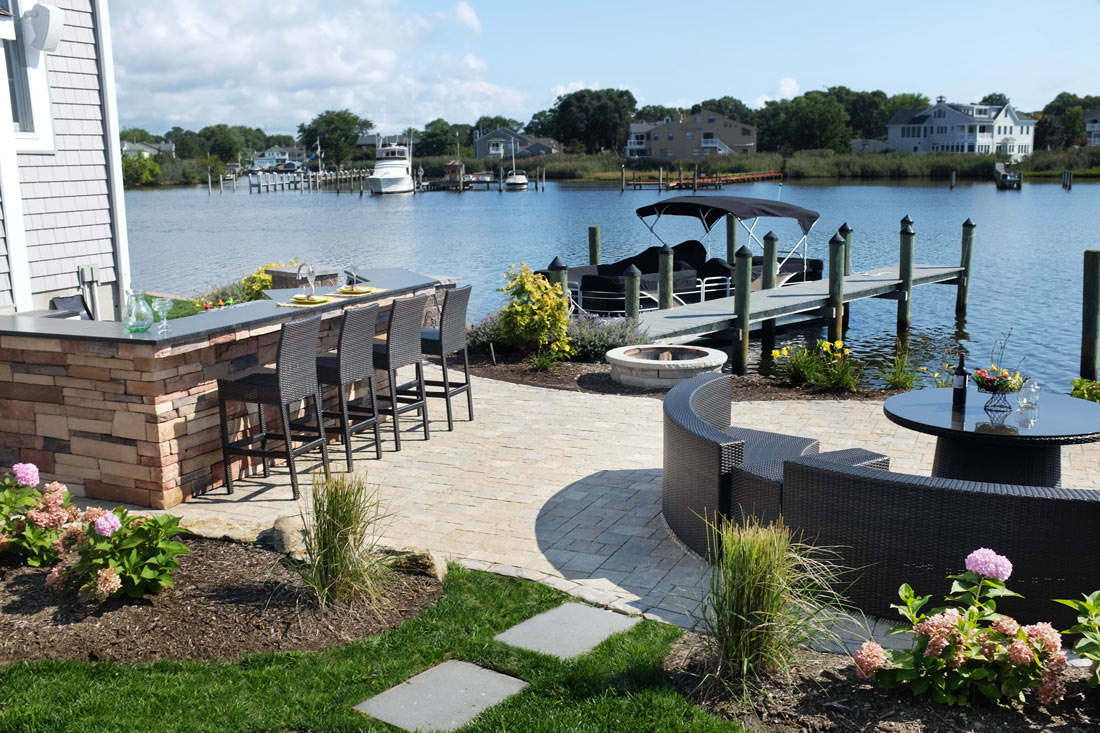Waterfront landscaping planning and design for Lake home landscape design